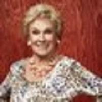 Winnie V.