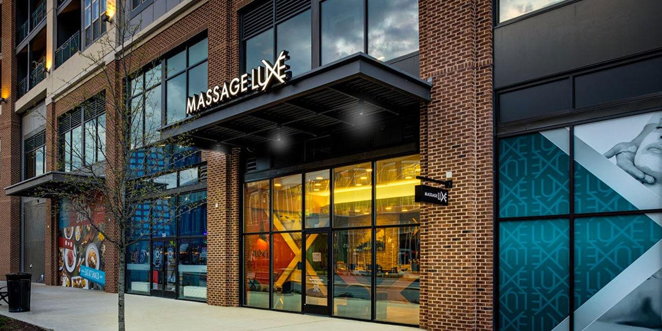 New MassageLuXe Franchisees Prepare for Grand Opening near Kansas City