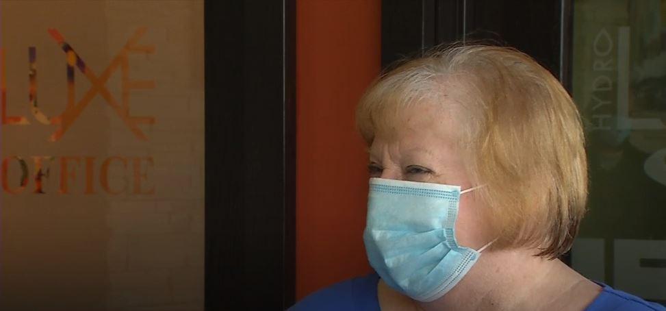 Springfield spa surprises grandmas ahead of Mother's Day
